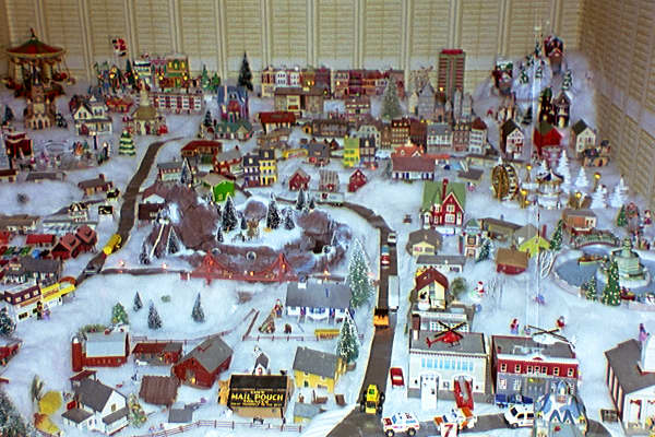 Christmas Villages.Christmas Village Pictures