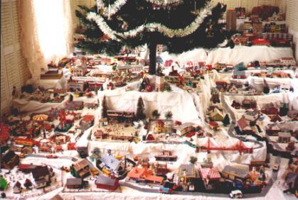 christmas village 1989 - Christmas Tree Village